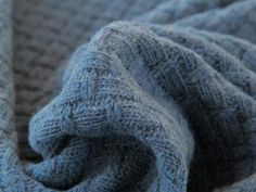 A chunky cable knit dressmaking fabric from Italy. Make yourself a cosy winter sweater or cardigan with this soft snuggly wool fabric. Made from wool, virgin wool and acrylic.
