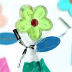 Daisy Lollipop Favor