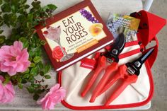 This week's giveaway is an awesome rose gardener's pack! ComfortGEL pruning tools, Corona pruning guide and tool pouch, along with a signed copy of Eat Your Roses by one of our favorite garden authors, Denise Schreiber, a.k.a Mrs. Know It All! Just takes 1 like to win for friends of Corona Tools Facebook. Winner announced on 1/14 and good luck to all! Chris