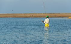fisherman, Pottuvil lagoon, Arugam Bay, Sri Lanka (www.secretlanka.com)