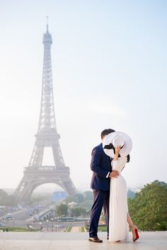 Par and Amir got engaged last year and we were honored to capture their engagement photos. They are special to me because we are going to be part of their wedding day. Can't wait! #parisphotographer #parisengagement #eiffeltower www.theparisphotographer.com
