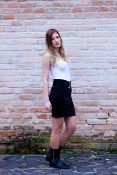Tielko, sukňa, opasok, čižmy Leather Skirt, Mini Skirts, Fashion, Moda, Leather Skirts, Mini Skirt, Fasion