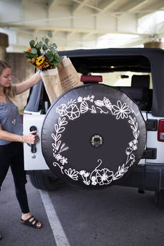 Floral Wreath Tire Cover with JL Backup Camera Hole. Reinforced hole for JL Jeep Tires. Jeep Wrangler Tire Covers, Jeep Spare Tire Covers, Jeep Tire Cover, Tire Covers For Jeeps, Jeep Steering Wheel Cover, Jeep Covers, Jeep Rims, Jeep Jl, Car Accessories For Girls