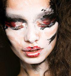 beauty - Vivienne Westwood Red Label Spring - Summer 2014. Key makeup artist: Pablo Rodriguez for MAC