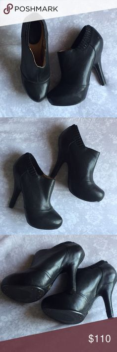 """▪️Frye Liz Ankle Heels▪️ Stunning pair of heels, these are slick black and hit right at the ankle. In great condition outside near perfect, inside has a bit of the footbed with glue marks in the right heel (pic 4) does not affect outside aesthetic nor functionality. Size 8 1/2 but fits like a 9. Heel approx. 3 1/2"""" Frye Shoes Ankle Boots & Booties"""