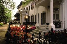 "Savannah, Ga., is a historic city and its landscaping and architecture reflect that. Its central district is filled with beautiful ""squares"" with statues, monuments and shady greenspace and its streets are lined with mansions that evoke the Old South. Photo: Www.SavannahVisit.com"