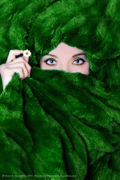 verde---➽viridi➽πράσινος➽green ➽verde➽grün➽綠➽أخضر ➽зеленый Green Fur, Go Green, Royal Green, Winter Green, Winter Colors, Lush Green, World Of Color, Color Of Life, Sombra Neon