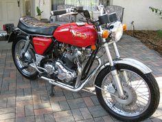 1974 Norton Commando 850 Cafe Racer for sale Norton Bike, Norton Motorcycle, British Motorcycles, Vintage Motorcycles, Classic Bikes, Classic Cars, Cafe Racer For Sale, Norton Commando, Motorcycle Manufacturers