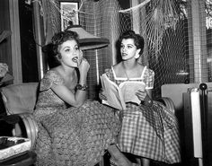 Debra Paget with her sister Lisa Gaye,