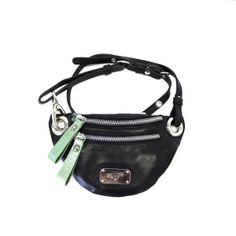 Small fanny pack black leather kleine Gürteltasche scharzes Leder EYE OF THE TIGER www.blackbeardbags.com/online-boutique Fanny Pack, Online Boutiques, Marc Jacobs, Black Leather, Collections, Eye, Bags, Hip Bag, Handbags