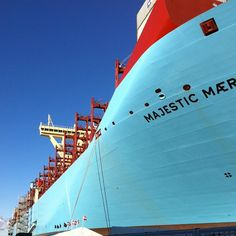 Maersk Line TripleE - Worlds largest ship