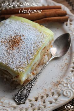 Rice with apples and pudding Delicious Desserts, Dessert Recipes, Yummy Food, Kolaci I Torte, Food Garnishes, Healthy Breakfast Smoothies, Polish Recipes, Sweet Breakfast, Quick Snacks
