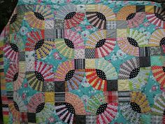 i started making a pickle dish quilt pattern and gave up half way through. this one is inspiring..i might take mine back out again. | pickle dish quilt pattern, bright fabrics