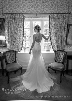 Ray Lockyer Yeovil Wedding Photographer - Preparations all finished, our Bride is ready for the service at Woodlands Castle, Taunton