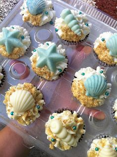 Sea Shell Cupcakes by Sweet Charity's, via Flickr