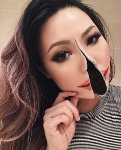 Halloween - Make-up Schminke und Co. Maquillage Wonder Woman, Yeux Halloween, Make Up Gesicht, Mehron Makeup, Theatrical Makeup, Scary Makeup, Horror Makeup, Special Effects Makeup, Halloween Makeup Looks