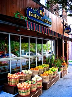 Fruiterie du Plateau - Montreal, Quebec, Canada Quebec Montreal, Montreal Ville, Quebec City, Canada Pictures, Canada Travel, Countries Of The World, Vegan, Landscape Pics, Produce Stand