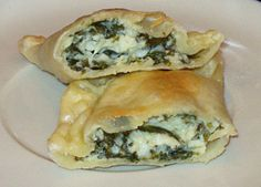 Sounds great- home made dough/ pastry filled with spinach and feta. It's a twist on polish dumplings :) Spaniko-pierogi recipe! Sounds great- home made dough/ pastry filled with spinach and feta. It's a twist on Ukrainian Recipes, Russian Recipes, Ukrainian Food, Turkish Recipes, Cheese Pierogi Recipe, Pierogi Filling, Homemade Perogies, Polish Dumplings, Spinach And Feta