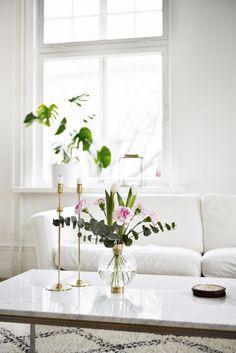 Beautiful marble coffee table | Sköna Hem, May 2015 [Original post in Swedish]