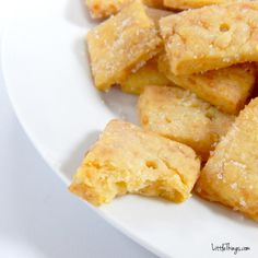 easy-to-make homemade cheez-its
