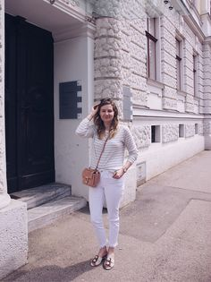 Stripes look: white jeans and stripes pullover White Jeans, Stripes, Glitter, Pullover, Style, Fashion, Seasons, Fashion Styles, Swag