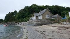 Exterior view of Beach Cottage, Durgan, Falmouth, Cornwall © Mike Henton