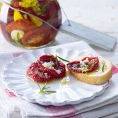 Getrocknete Tomaten einlegen - so geht's - getrocknete-tomaten-einlegen