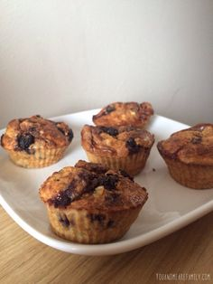Baked Oat Muffins ~ Slimming World Friendly - You And Me Are Famil Slimming World Puddings, Slimming World Cake, Slimming World Desserts, Slimming World Breakfast, Slimming World Recipes, Slimming Workd, Slimming World Survival, Low Fat Cake, Baked Oats