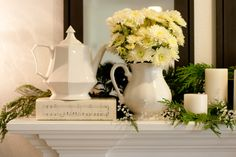 Teapot mantel. Lovely!