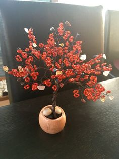 Beads and wire handmade bonsai tree, customed for aries zodiacal sign!
