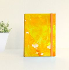 Sun flowers:  Pocket notebook (A6), handmade and handpainted. Original painted cover, not print. Unique piece. By kinmcuadernos, €12.00