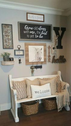 Brilliant Farmhouse Living Room Wall Decor Ideas ~ Home Design Ideas Living Room Remodel, Home Living Room, Living Room Designs, Living Room Decor, Living Area, Dining Room, Apartment Decoration, Entryway Decor, Rustic Entryway