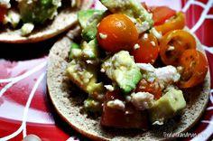 Tuna & Avocado Salad, via @LiveLoveNRun