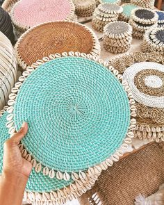 These rattan placemats comes in fine finishing with cowrie shells place-mats great under plates for thanksgiving, Christmas, rustic dining table, room. Estilo Navy, Bohemian Wall Decor, Living Room Red, Scandinavian Living, Rattan, House Warming, Shells, Hand Weaving, Delicate
