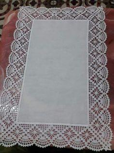 Hardanger crochet patchwork cover with delicate floral ornaments Crochet Bedspread Pattern, Crochet Table Runner Pattern, Crochet Lace Edging, Crochet Borders, Crochet Tablecloth, Crochet Stitches Patterns, Thread Crochet, Crochet Doilies, Diy Crafts Crochet