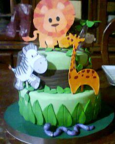 torta de animales de la selva