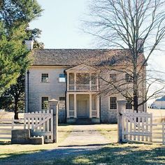 Hometown hendersonville on pinterest tennessee johnny for Johnny cash house hendersonville tn