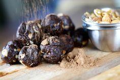 Raw Brownie Bites // walnuts, medjool dates, raw cacao, unsalted almonds, sea salt via Dr. Axe #chocolate #snackattack #healthy