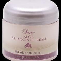 19. December julegave tips. Aloe Balancing Cream er en Aloe vera baseret creme som gør din hud fast, smidig og blød som fløjl. Indeholder også opstrammende hvid te, antioxidanten vitamin E og hudplejende citrusekstrakt med mere. Log ind med din mail på: www.myaloevera.dk/foreverlivinggjessø #Beauty #Wellness #fitness #Foreverlivinggjessø #Julegaveønsker #juletips #Advent #adventsgaver #Hudpleje #Skincare #myfawforevergift #tjenpenge #Iværksætter #Kosttilskud #fitc9 #sundhed #Argi #FBO…
