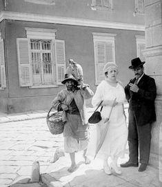 Greece Photography, Vintage Photography, Old Photos, Vintage Photos, Kusadasi, Greek History, Ottoman Empire, Historical Pictures, Royal Navy