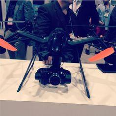 Sempre bom estar por dentro das novas tecnologias do mercado. #nabshow2014 #drone #sony