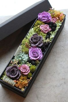 Beautiful Bouquet Of Flowers, Diy Flowers, Flower Decorations, Paper Flowers, Creative Flower Arrangements, Beautiful Flower Arrangements, Floral Arrangements, Flower Box Gift, Flower Boxes