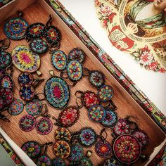 A box full of treasures. Finally finished this order #textilejewelry #embroidery #needleart #bordado #broderie #treasurebox #hippiechic #bohemian #gypsyjewelry #silkthread #wool #felt