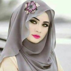 Photo by – Hijab Fashion 2020 Turban Hijab, Hijab Dress, Niqab Fashion, Modern Hijab Fashion, Muslim Fashion, Beautiful Muslim Women, Beautiful Hijab, Beautiful Eyes, Hijabi Girl