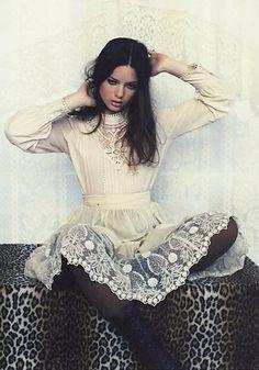 Lace dress and leopard prints.
