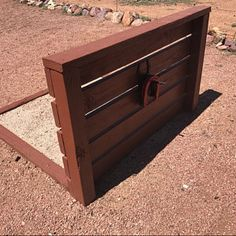 Your place to buy and sell all things handmade Horseshoe Game, Horseshoe Crafts, Welding Projects, Woodworking Projects, Blacksmith Projects, Welding Art, Horseshoe Pit Dimensions, Western Office, Westerns