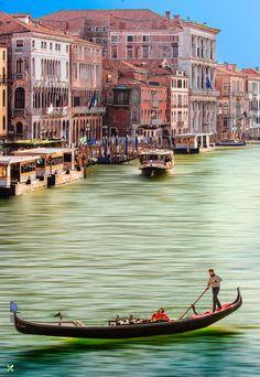 Gondola available by Vittorio Delli Ponti on 500px