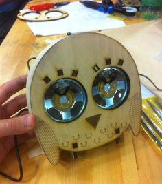 This speaker looks like a cute owl. This is using its eyes as a driver, so I can use this design as part of my design.