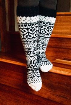 Wool Socks, Knitting Socks, Leg Warmers, Mittens, Knit Crochet, Knitting Patterns, Sewing, How To Make, Clothes