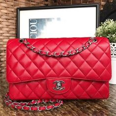 300d95e36252f3 Chanel Coco Bags for Sale: Chanel Medium Classic Flap Bag 100% Authentic 80%